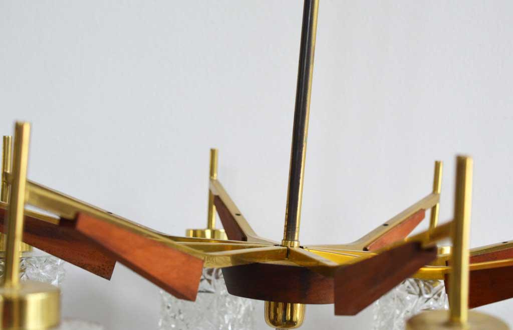 Kronleuchter Industrial ~ Kronleuchter mit teakholz einsatz artkraft loftdesign