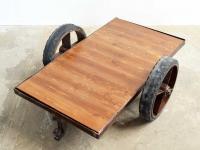 Loft design Ipari kőzikocsi dohányzó asztal Industrial trolley coffee table Industriewagen Couchtisch Fabrik shabby chic rusty style artkraft