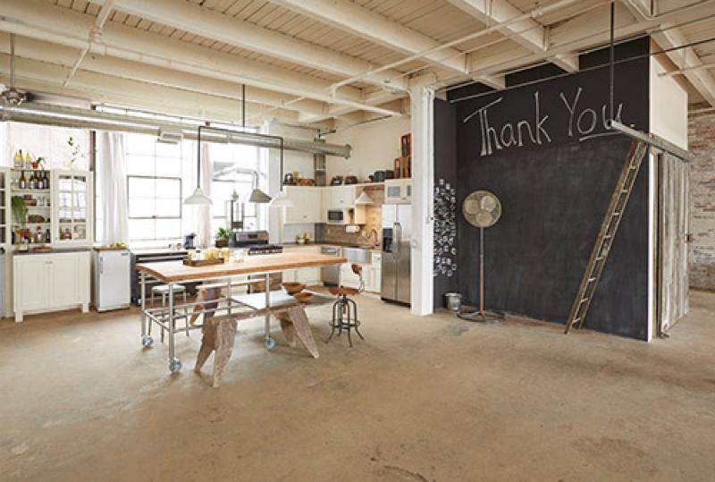 Loft Design photo atelier from an warehouse artkraft loftdesign