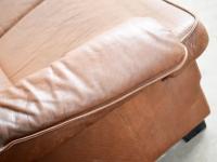 Loft design régi patinás bőrkanapé tarnished old leather sofa große alte Ledersofa sarokkanapé  corner sofa Ecksofa ipari industrial indusriell shabby chic rusty style artkraft