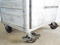 Loft design alumínium tároló szekrény Aluminum storage cabinet Aluminiumgehäuse kamraszekrény Speisekammer Schrank pantry cupboard ipari industrial industriell shabby chic rusty style artkraft