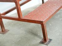 Logt design nagy vas fellépő lépcső large iron stairs große Eisentreppe ipari industrial industriell shabby chic rusty style artkraft