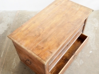 loft design régi faláda old wooden crate alte hölzerne Kiste lerakóasztal side table Beistelltisch ipari industrial industriell shabby chic rusty style artkraft