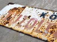 Loft design régi tűzoltószertár tábla old fire station table alte Feuerwache Zeichen dekoráció dekoration decoration ipari industrial industriell shabby chic rusty style artkraft