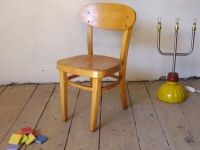 Loft design Régi retró fa gyerekszék Vintage wood children's chair Holz Kinderstuhl