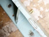 loft design régi akasztók műhely gyár industrial factory coat hanger industrie fabrik kleiderhaken