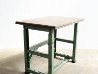 Loft design zöld vázas íróasztal green iron frame Desk grün Eisenrahmen Schreibtisch lerakóasztal Beistelltisch side table ipari industrial indusriell shabby chic rusty style artkraft