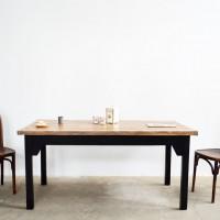 Loft design ébenfekete étkezőasztal ebony black dining table Ebenschwarz Esstisch tárgyalóasztal Konferenztisch conference table ipari industrial industriell shabby chic rusty style artkraft