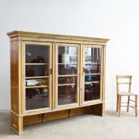 Loft design ónémet vitrin alte Bundeskabinett Old German cabinet szekrény cabinet holzschrank tálalószekrény Sideboard