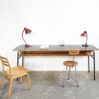 loft design régi kétszemélyes íróasztal iskolai pad Old school desk alte Schulbank ipari industrial industriell shabby chic rusty style artkraft