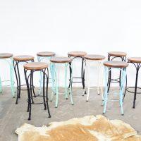 Loft design színes vázú bárszék color frame barstool Farbrahmen Barhocker ipari industrial industriell shabby chic rusty style artkraft