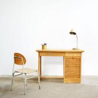 Loft design Régi rolós fa gyerek íróasztal Old wooden roller blind child desk Alte hölzerne Rollo Kinder Schreibtisch