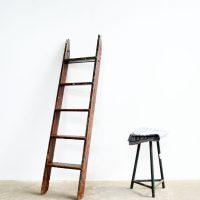 Loft design hosszú falétra lange Holzleiter long wooden ladder dekoráció dekoration decoration ipari industrial industriell shabby chic rusty style artkraft