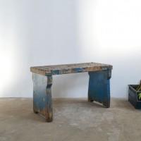 Loft design műhelypad Werkbank work bench dohányzóasztal coffee table Couchtisch ülőke seat Sitz