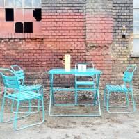 Loft design régi old alte ipari industrial industriell kerti szett garden set Gartengarnitur kerti asztal garden table Gartentisch kerti szék garden chair Gartenstuhl